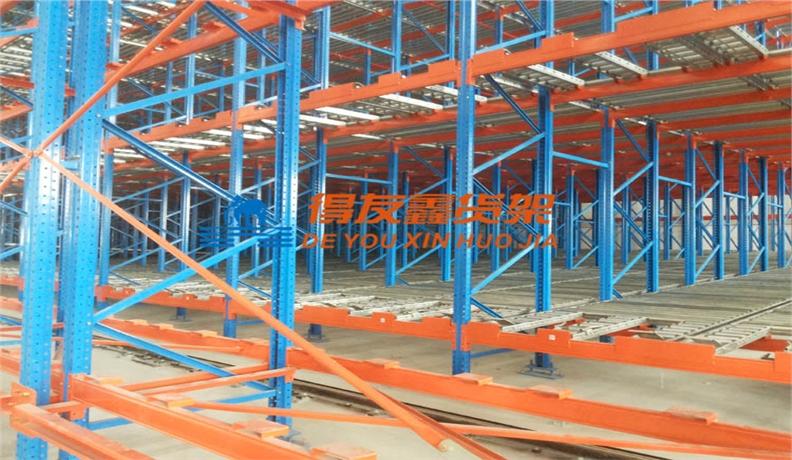 汽车制造行业仓储货架解决方案-重力式货架、挂件货架