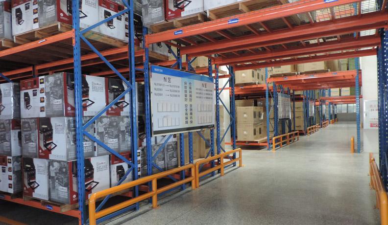 厨卫电器行业仓储货架解决方案-百得厨卫(双深度货架)